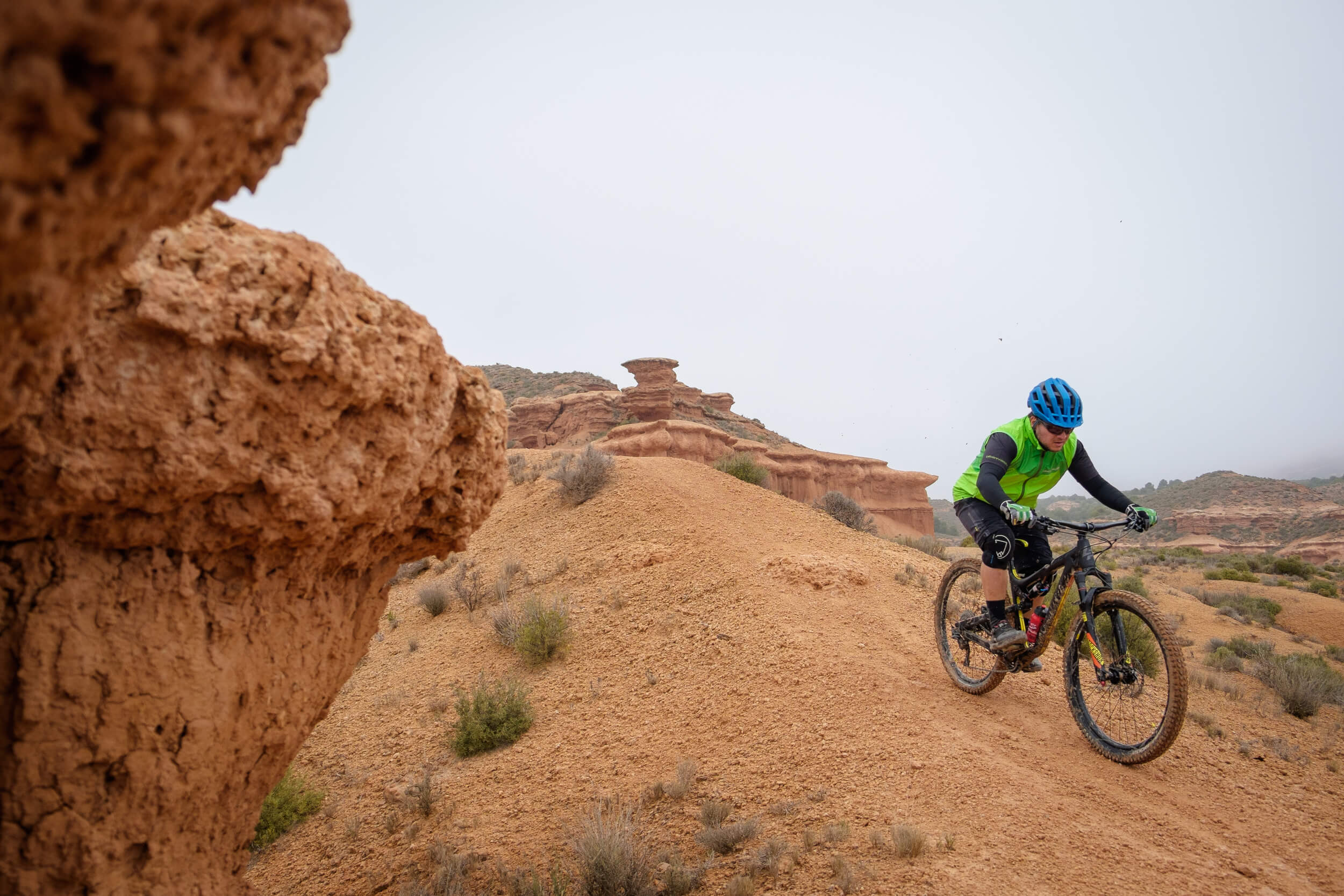 Mountain_biking_spanish_utah07